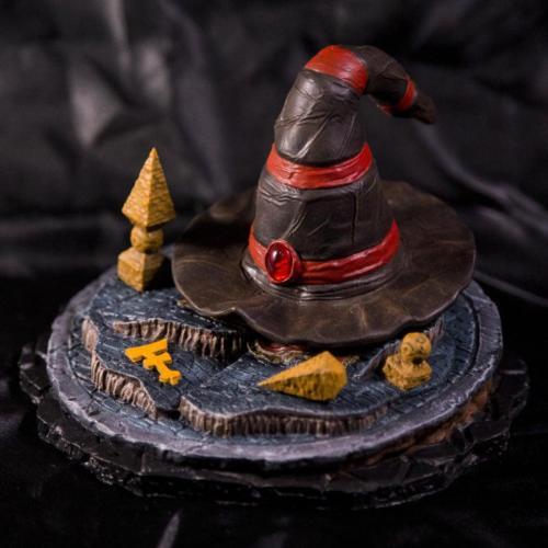 Ferumbras Hat (figurine) by Lux 3D